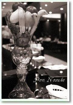 b白黒レストラン