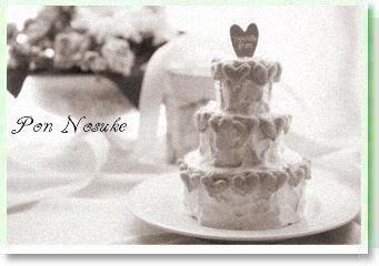 b白黒三段ケーキ