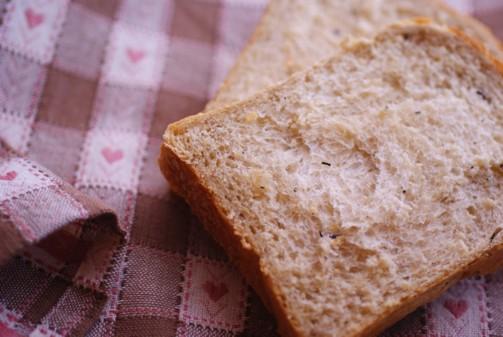 b横2ひじき食パン