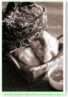 b白黒パン弁当