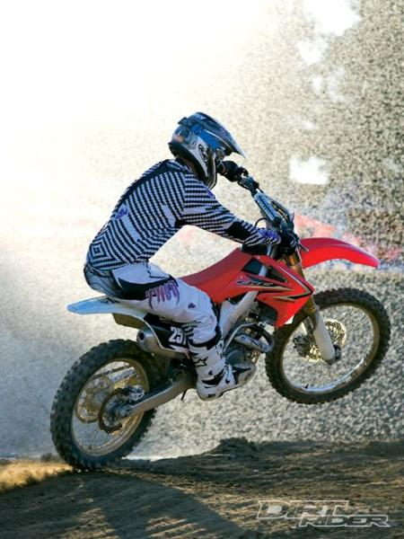 141_0911_05_z+2010_honda_CRF250R+side_view.jpg