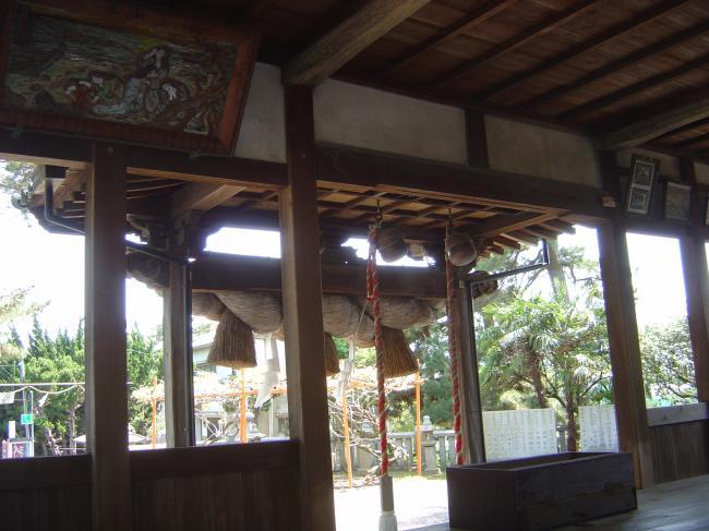 五色浜神社注連縄縮小