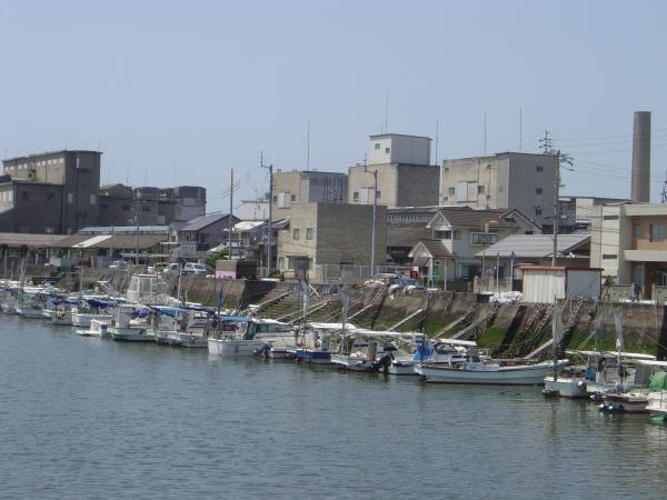 松前町漁港縮小