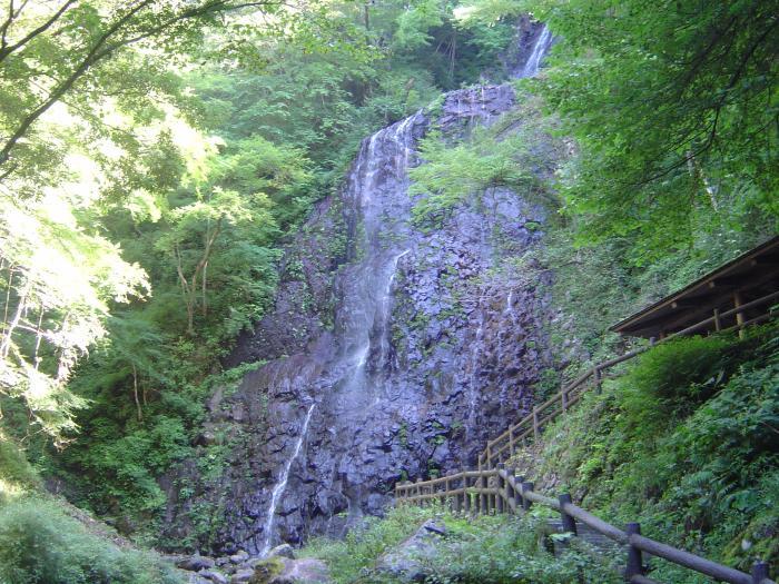 白猪の滝3縮小