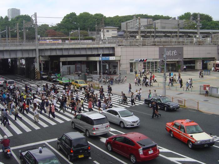 上野駅前交差点2縮小