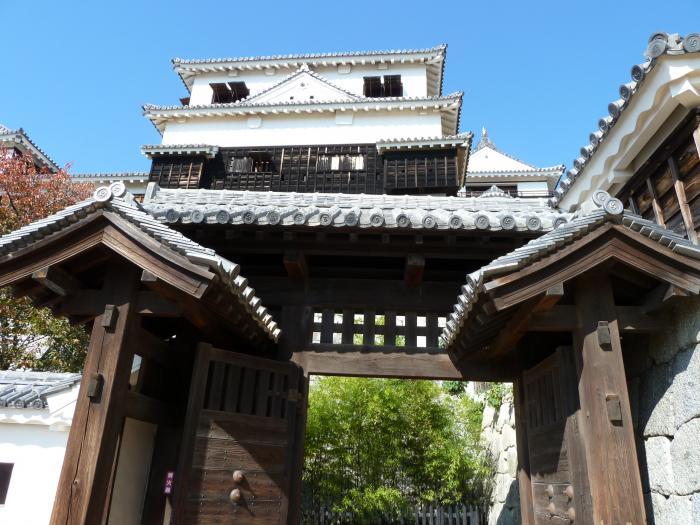 門と城縮小