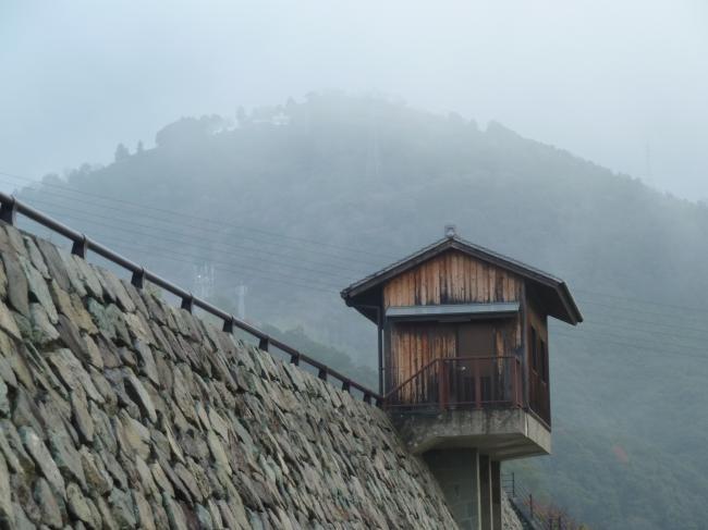 霧の富士山縮小