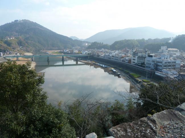 大洲城から肱川4縮小