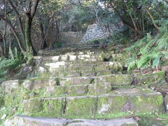 宇和島城石段1縮小