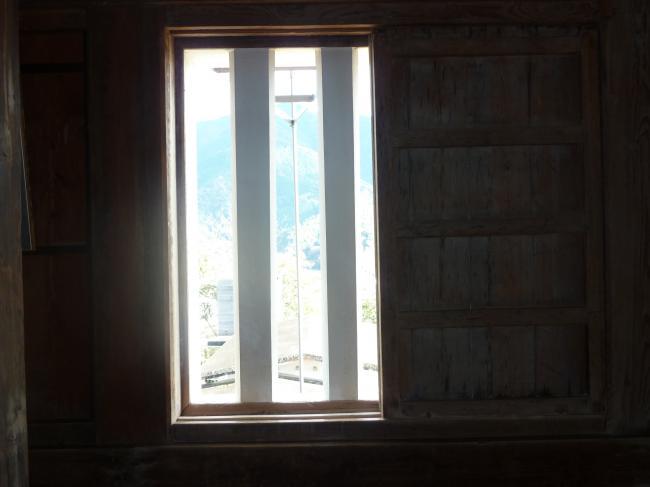 宇和島城窓縮小