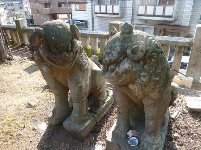 八幡寺狛犬縮小