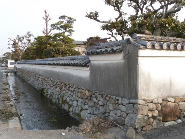 豊島家土塀1縮小
