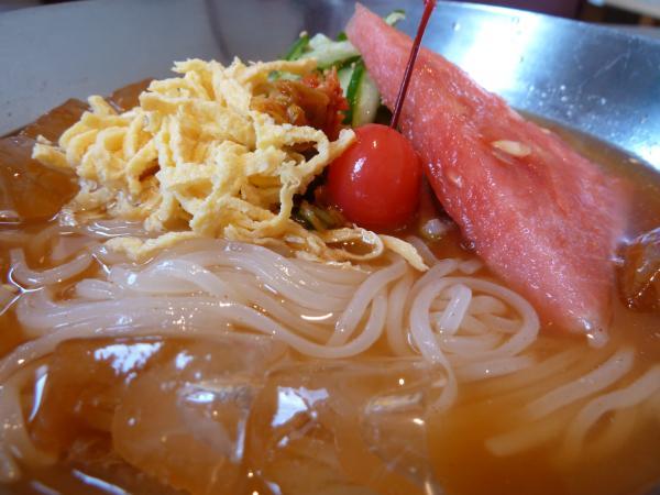 冷麺アップ5