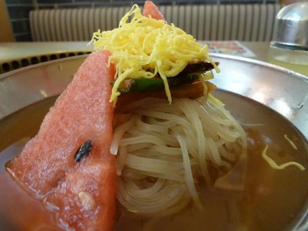 冷麺アップ6