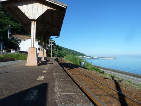 線路とプラットホーム4