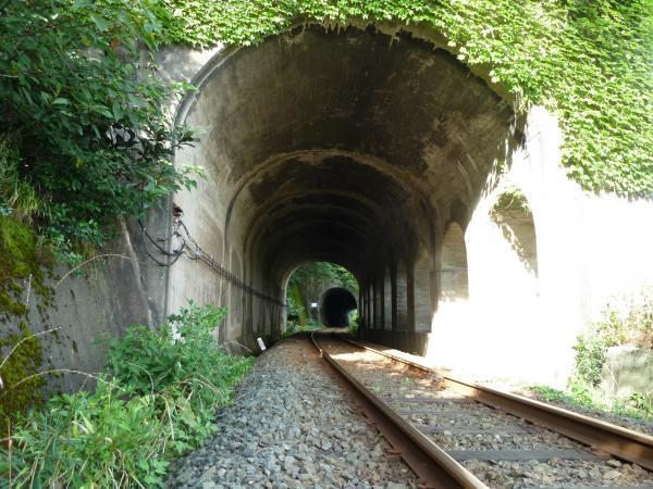 線路とトンネル3
