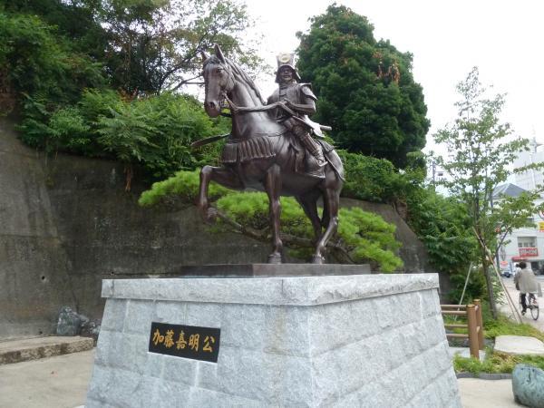 加藤嘉明銅像1