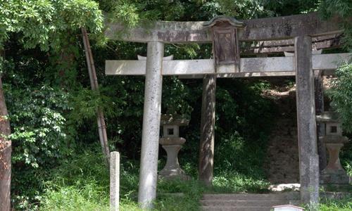 IMG_6846_猪岡八幡宮鳥居