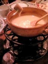 スイスシャレーのチーズフォンデュ
