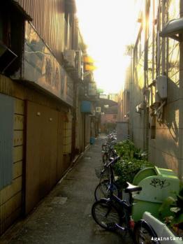 shinsaibashi01c.jpg