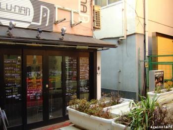 shinsaibashi01f.jpg