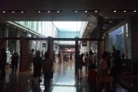 兵庫県立文化センターのロビー
