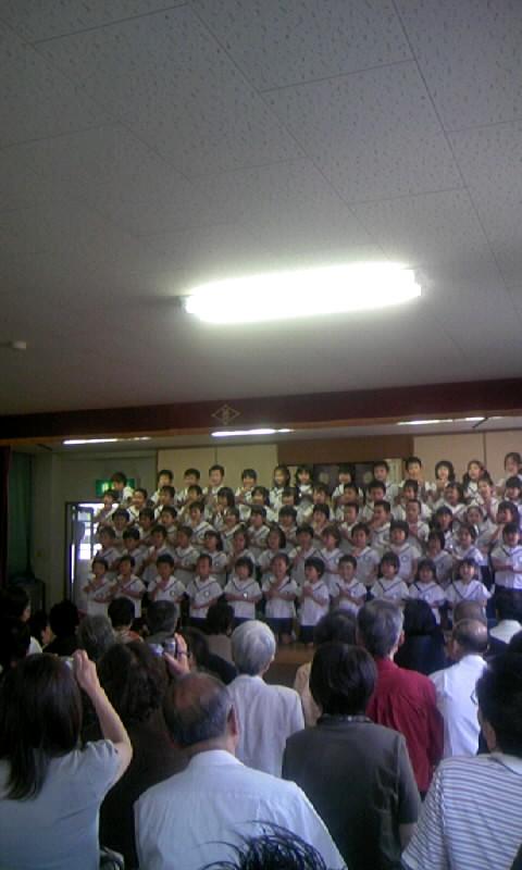 090918_113345幼稚園の敬老会