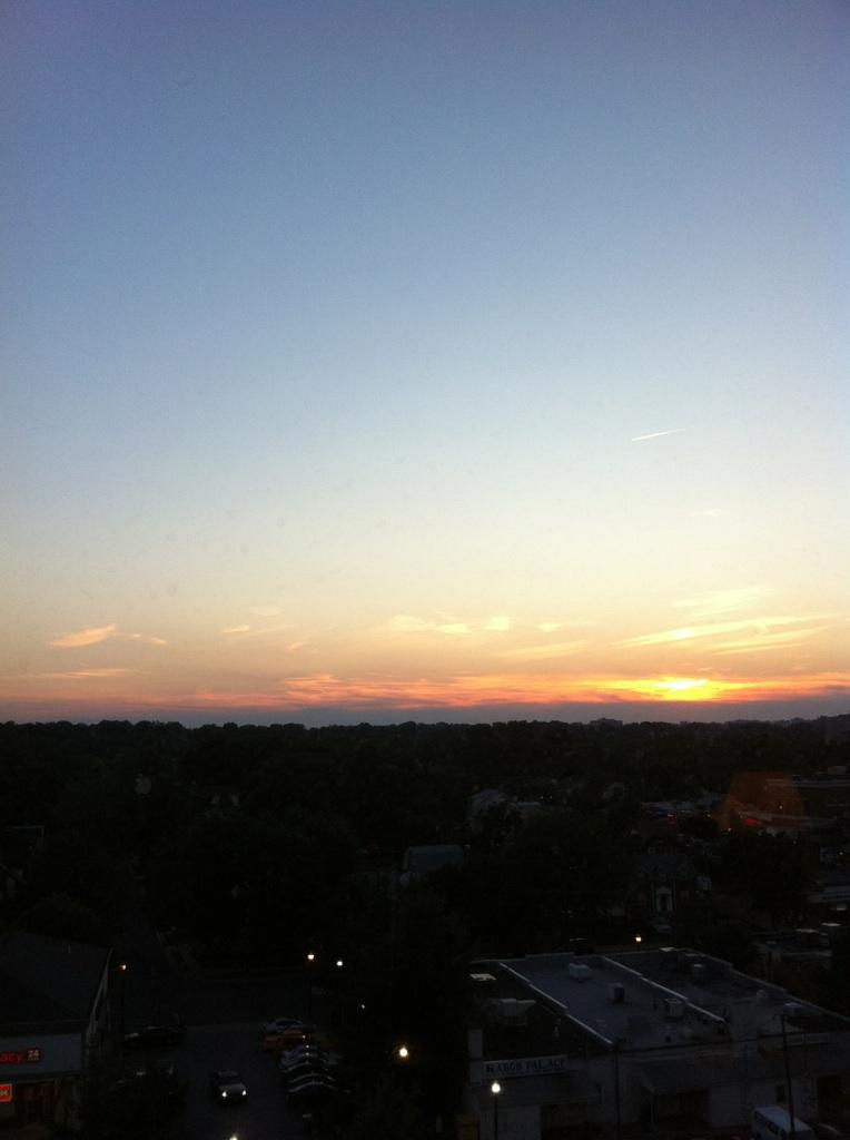 IMG_9215ワシントンdcヒルトンホテルからの夕陽