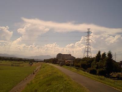 20110711多摩川より空2.JPG