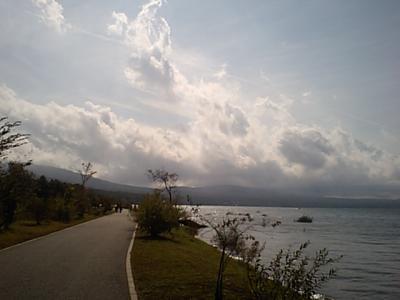 20111002帰り道山中湖.JPG