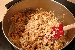 ライスクリスピー鍋