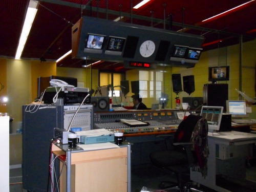 KNB北日本放送ラジオで初めてのスタジオ入り