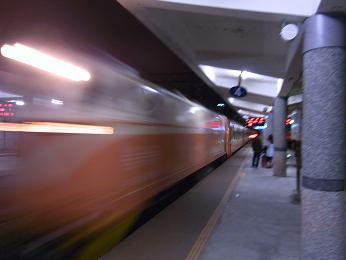 夜行列車 宜蘭駅