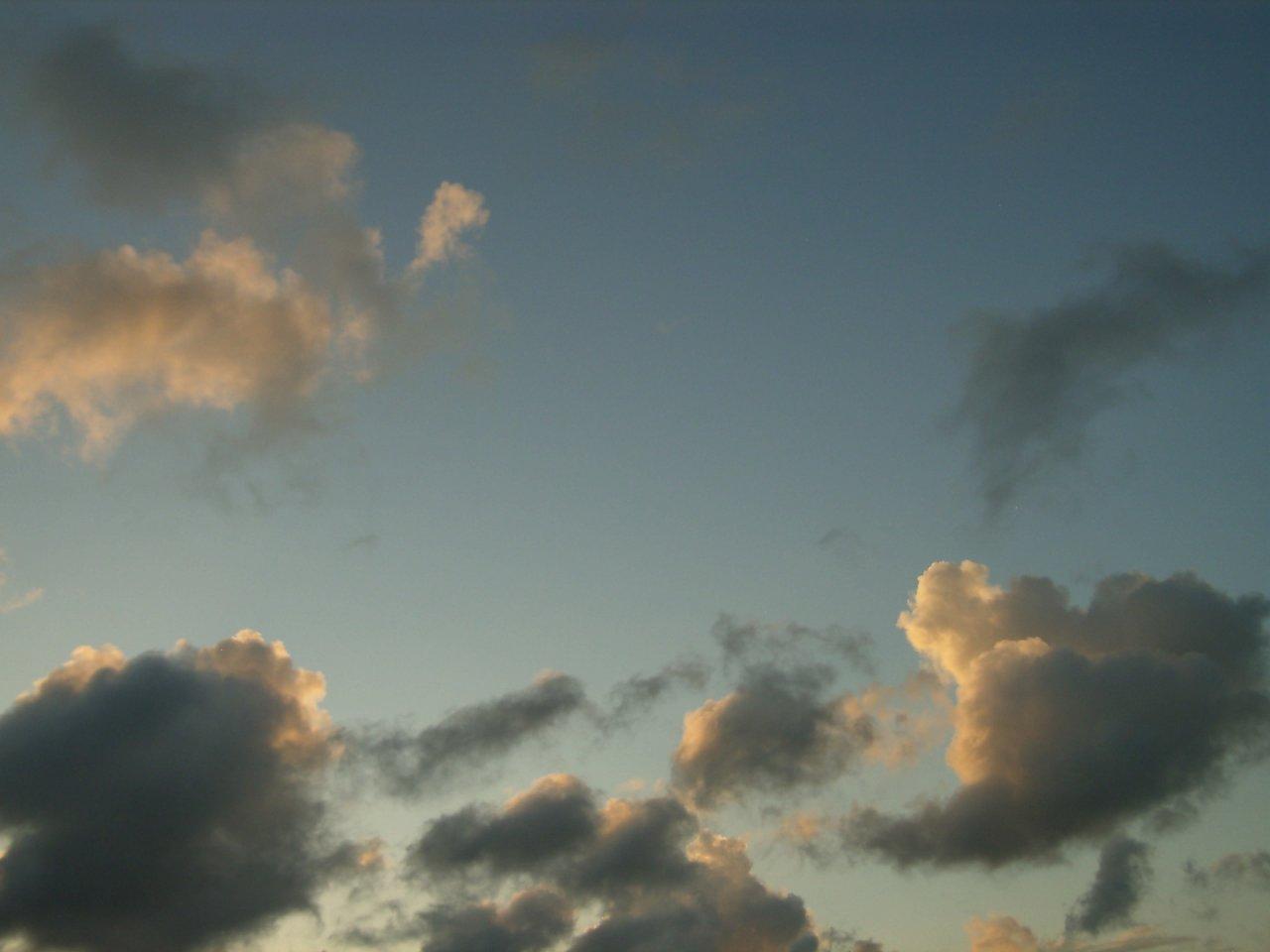 SkyDay138.jpg