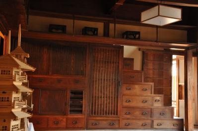 吉井町 箱階段