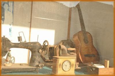 吉井町 ミシン、時計、ギター