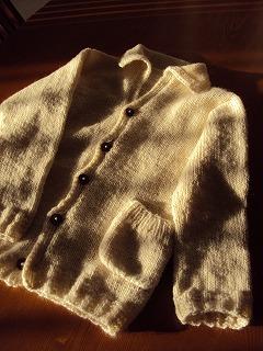 母からの手編みロングカーデ