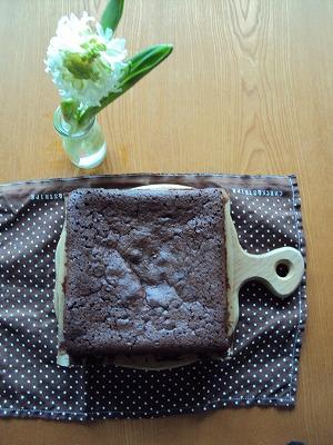 実は贅沢なチョコレートケーキ