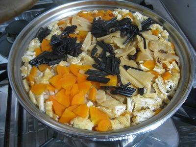 2-筍山菜ご飯0831