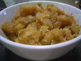 ジャガイモとこんにゃくの煮物