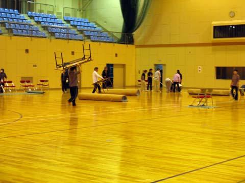 2009武術太極拳大会の準備の様子