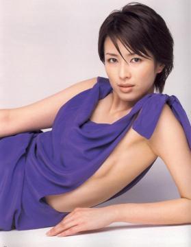 吉瀬美智子貧乳画像