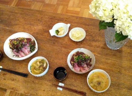 ブリとカツオの海鮮丼