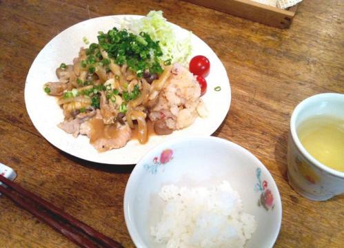 野菜たっぷり、豚肉の生姜焼き
