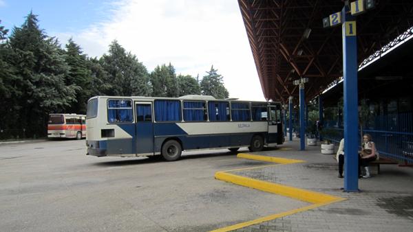 s10-bar-bus-IMG_2465.jpg