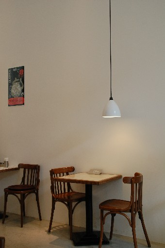 2010518cafe1.jpg