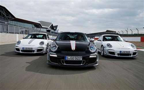 2011-porsche-911-GT3-RS-4-0-front-end-in-motion.jpg