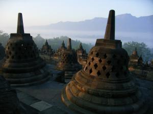 H21.7.1~インドネシア 380