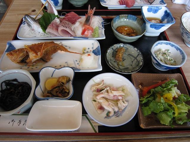 カサゴの唐揚げ定食