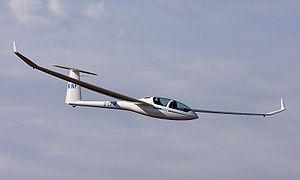 300px-DG1000_glider_crop.jpg